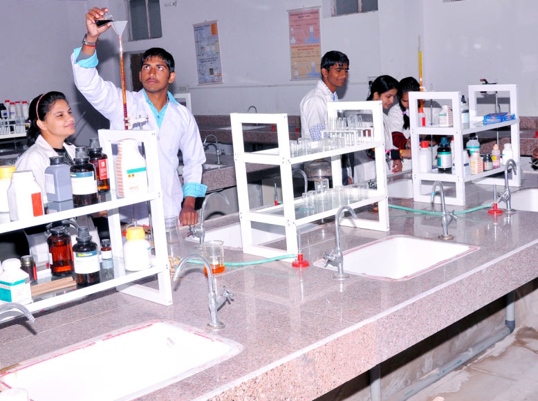 Chemistry Lab – Best Bsc. College in Avadh University